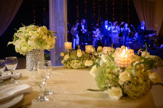 Decoración verde y blanco para un matrimonio clásico