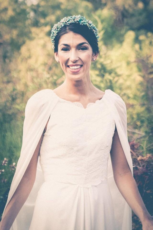 Vestido de novia con capa (por Sole Alonso)