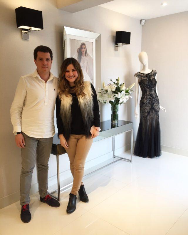 aa83c6a19 Vestido de novia      Visita a la tienda de Rosa Clará en Lima ...